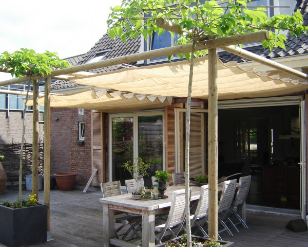 Faltsonnensegel für Pavillon Nesling - bowi.ch