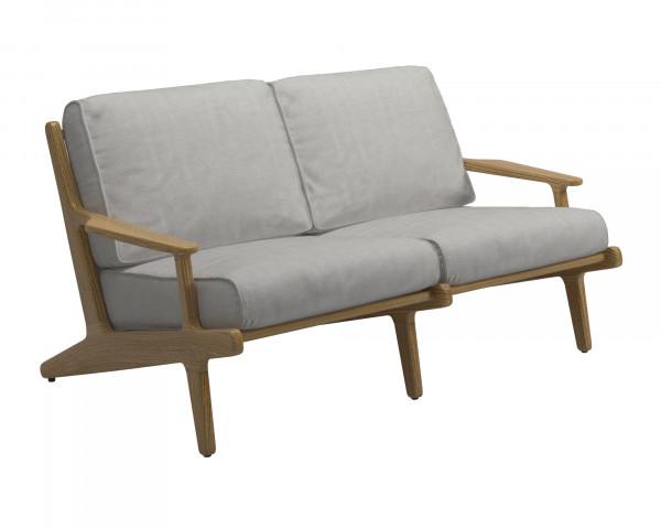 Garten Lounge Bay Gloster Sofa Klein Teakholz Gestell Textilen in Seagull - bowi.ch