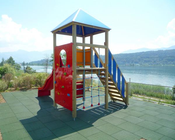 Spielturm Dani mit Kletterwand und Kletternetz - bowi.ch