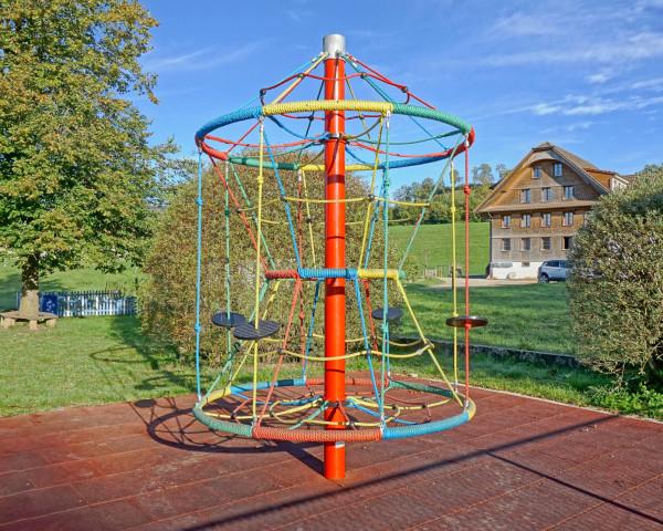 Kletterbaum Elisa - bowi.ch