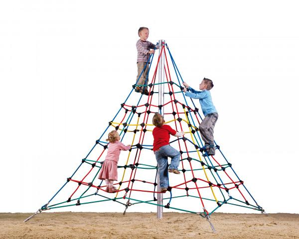 Kletterpyramide Napf auf Sand - bowi.ch
