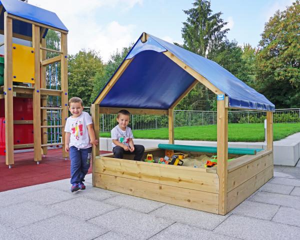 Sandkastenhaus BOWI mit spielenden Kindern - bowi.ch