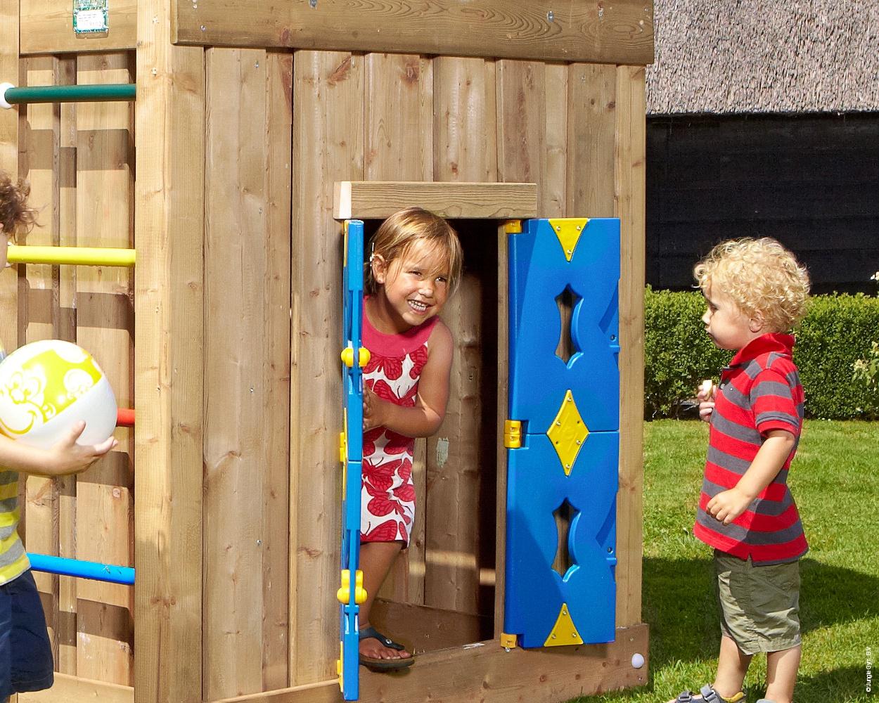 playhouse modul jungle gym f r den privatgarten. Black Bedroom Furniture Sets. Home Design Ideas