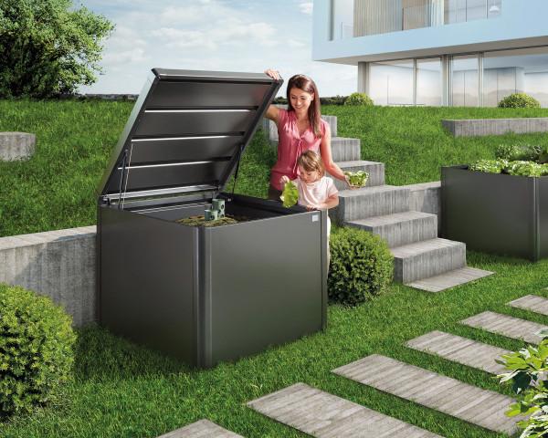 Stimmungsbild von Biohort Komposter Monami in der Farbe Quarzgrau-metallic mit geöffnetem De - bowi.ch