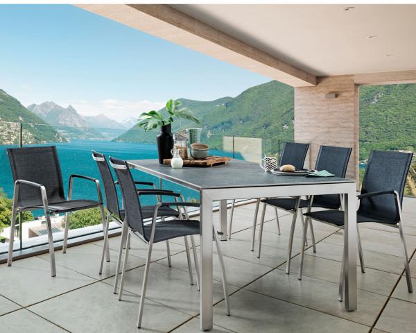 Gartentisch Set Ventura Tinto Ausziehbar Dekton mit Blick auf See - bowi.ch