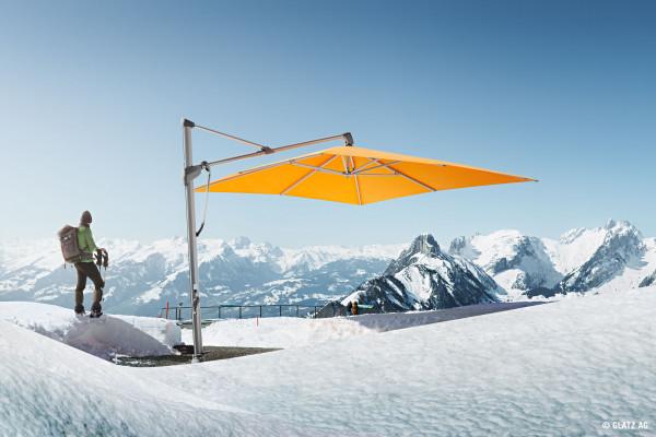 Stimmungsbild Sonnenschirm SOMBRANO S+ Glatz rechteckig orange - bowi.ch