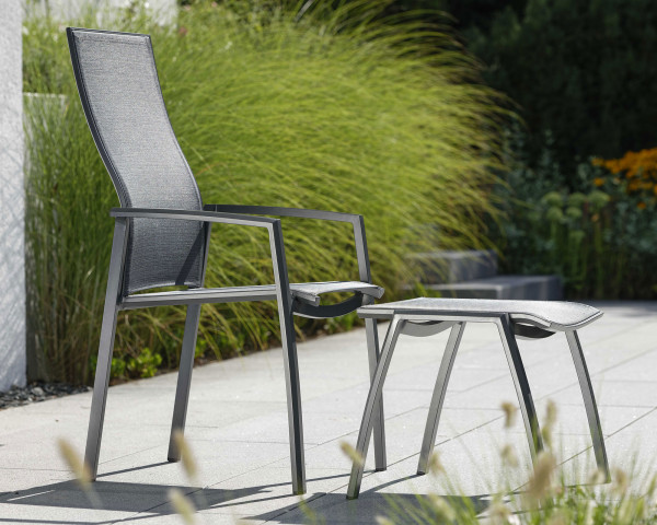 Gartenstuhl Kari Textilen Silbergrau Gestell Aluminium Graphit Gartenmöbel BOWI - bowi.ch